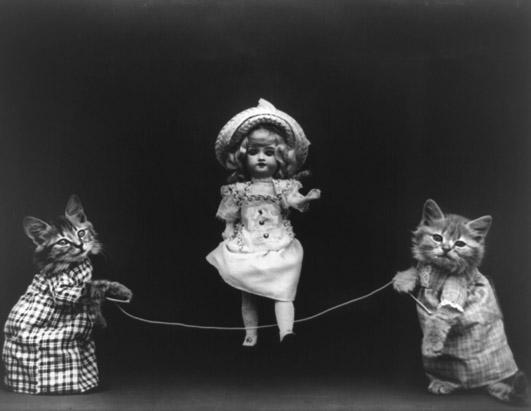 Винтажные котята скакалка фотоколлаж