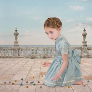 Лоретта Люкс детский фотоколлаж девочка горошины