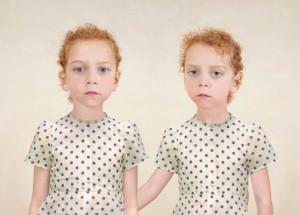 Лоретта Люкс детский фотоколлаж близняшки
