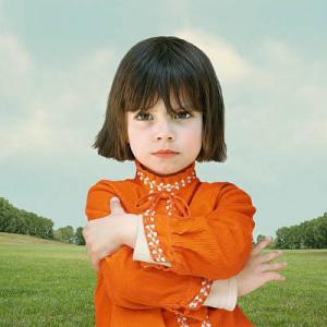 Лоретта Люкс детский фотоколлаж девочка в красном